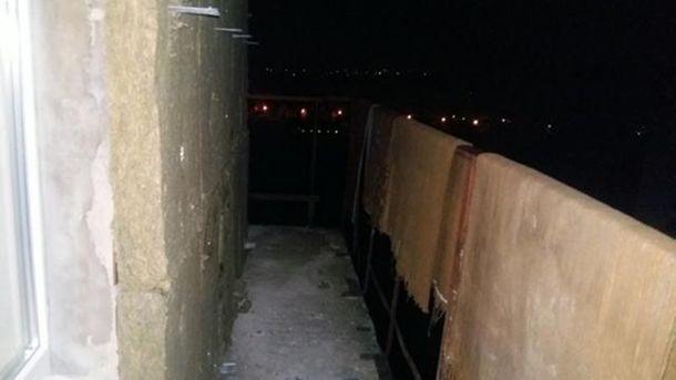 Балкон с которого выпал студент