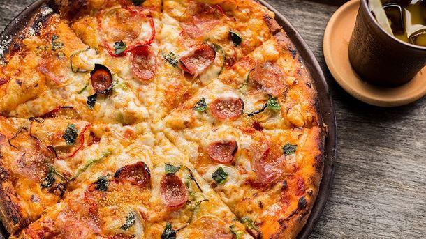 Як приготувати піцу вдома
