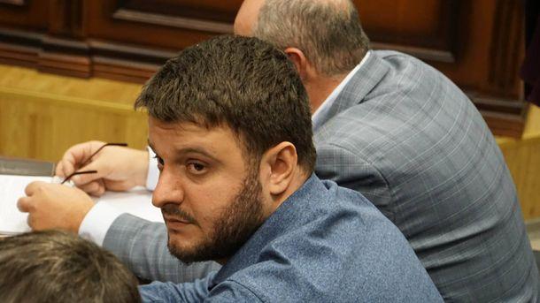 Суд залишив синові Авакова запобіжний захід у вигляді особистого зобов'язання