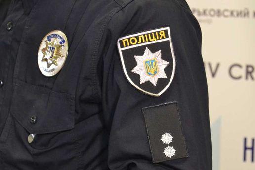 Вривненской многоэтажке произошел взрыв: агрессивный мужчина бросил гранату вполицейских