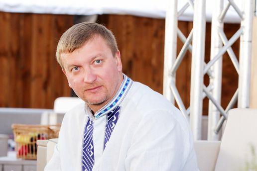 Министр юстиции Петренко объявил, что его взяли под охрану
