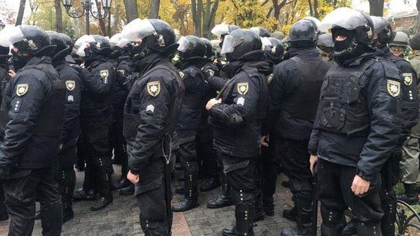 Встолкновениях уГорсада вОдессе пострадали неменее 20 полицейских
