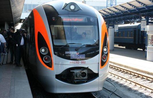УПольщі через ДТП довелось пересадити всіх пасажирів поїзду «Київ— Перемишль»