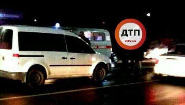 Шофёр под Киевом сбил 2-х детей, парень вреанимации