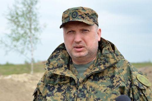 Россия ввела дополнительные войска на Донбасс, – Турчинов