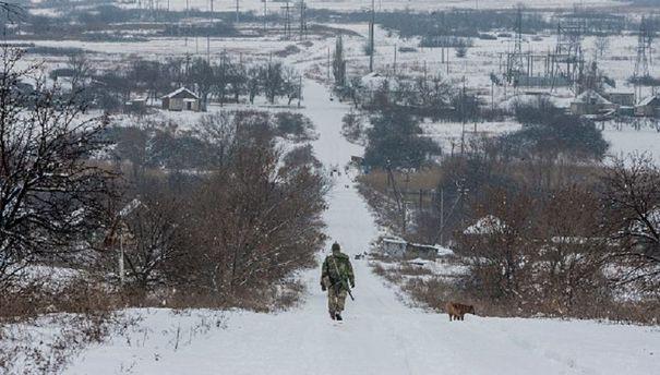 Головні новини 24 листопада: втрати на Донбасі та усунення Плотницького