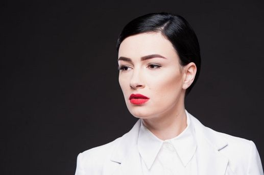 Мне обещали прострелить голову— Украинская эстрадная певица Приходько