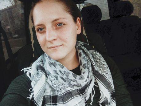 Міграційна служба вирішила вислати жінку-добровольця Айдару доРФ