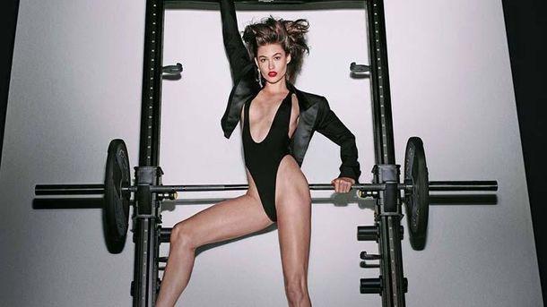 Известные модели снялись в откровенной фотосессии для календаря Fashion Book: фото (18+)