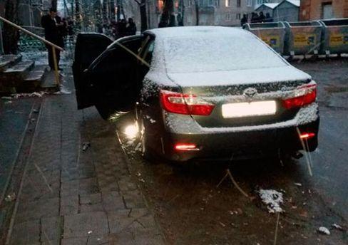 Вибух авто поліцейського у Харкові