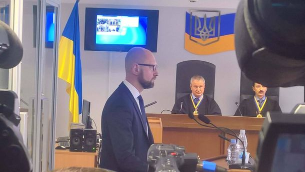 Суд усправі про держзраду Януковича сьогодні допитає двох свідків