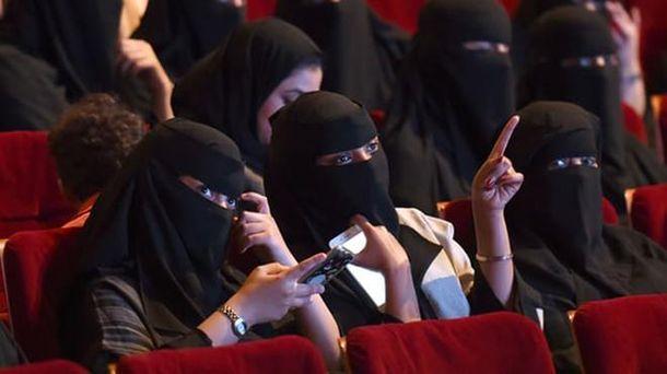 УСаудівській Аравії знову почнуть працювати кінотеатри після 35 років заборони