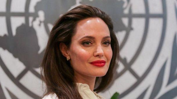 Анджеліна Джолі написала про Україну встатті щодо насильства над жінками