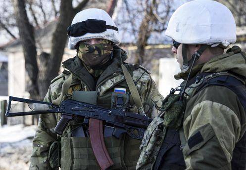 Кілька поганих новин із фронту: навіщо терористи зачищають село на Донеччині