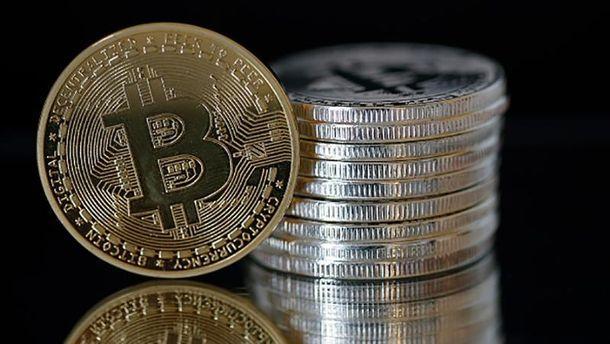 Новый рекорд: курс биткоина превысил отметку в $19 тыс.