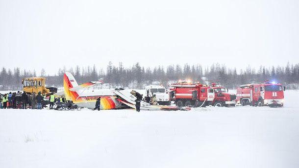 ВРосії внаслідок падіння пасажирського літака загинули четверо людей