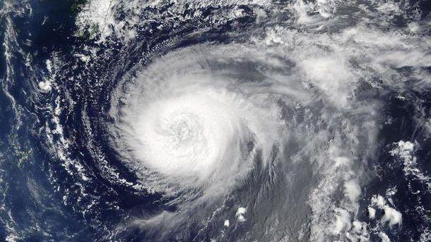Смертоносний тайфун: у В'єтнамі евакуюють мільйон людей