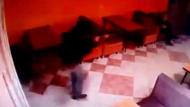 В Российской Федерации боевики ДНР изавтомата расстреляли троих человек, видео