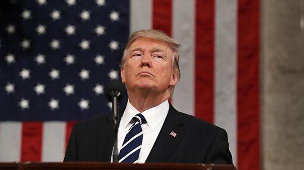 Вместо реального  Трампа уПосольства США встолице Англии  появился восковой