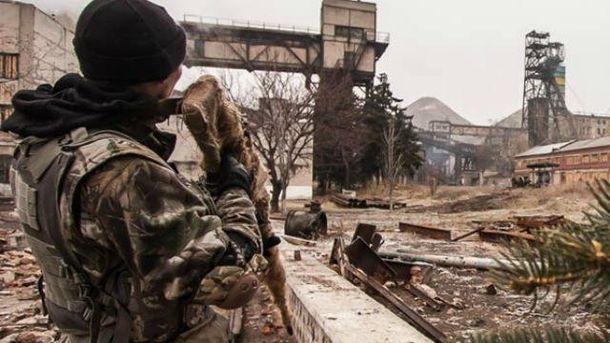 На Донбас прибуває група російських снайперів