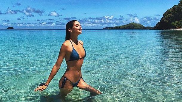 Сара Сампайо на Фіджі