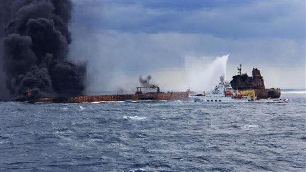 Пожар на иранском танкере Sanchi