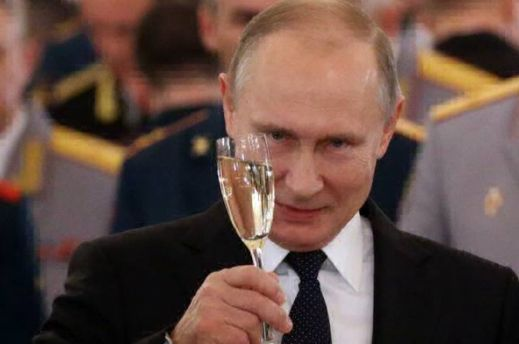 Путин сам станет могильщиком своего