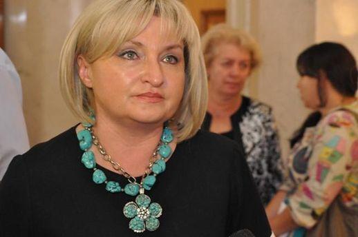 Закон ореинтеграции Донбасса: Порошенко настаивает насвоем