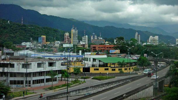 ВКолумбии рухнул строящийся мост, погибло девять человек