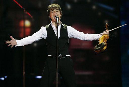 Легендарный победитель Евровидения снова примет участие в национальном отборе