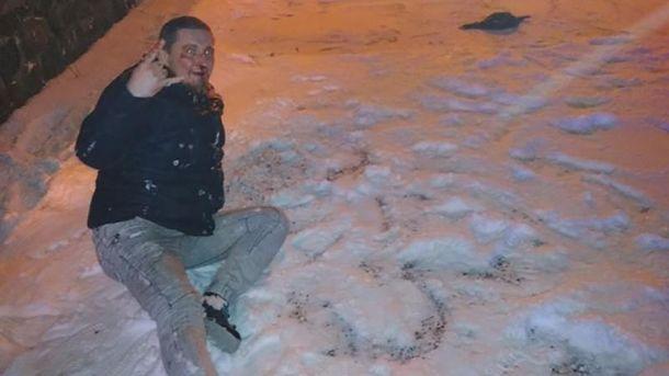 Антифашисты ногами избили украинского журналиста на Закарпатье