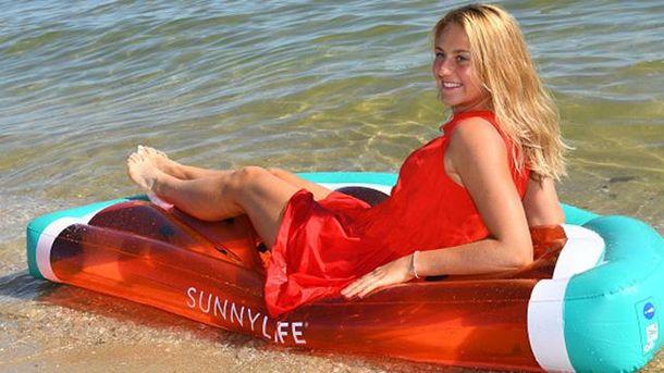 Юна Марта Костюк готується до матчу зі Світоліною і відпочиває на пляжі Мельбурна: яскраві фото