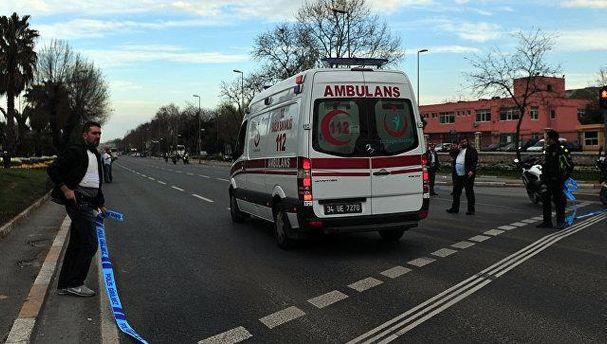 Автобус сошкольниками по неведомой причине врезался вдеревья: большое количество погибших