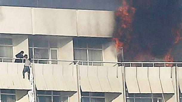 Посол Британії Гоф наводить повідомлення про 9 загиблих українців уКабулі