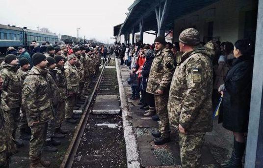 Крупнейшее подразделение Вооруженных Сил покинуло зону АТО