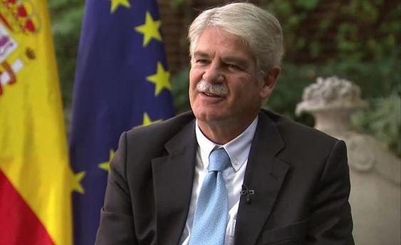Испанский министр упал вобморок вовремя дебатов вДавосе