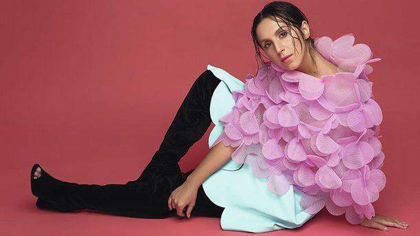 Вагітна Джамала прикрасила обкладинку модного глянцю: яскраві фото