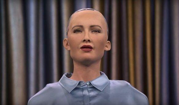 Робот Софія завис після питання про корупцію вУкраїні - нардеп