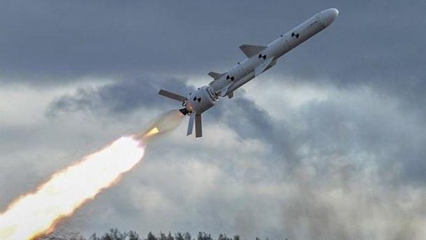 Турчинов показав відео з першого випробування української крилатої ракети