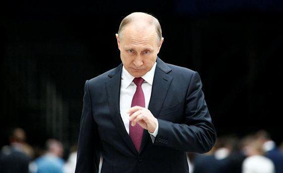 Оточення Путіна обікрало Росію на 1 трильйон доларів