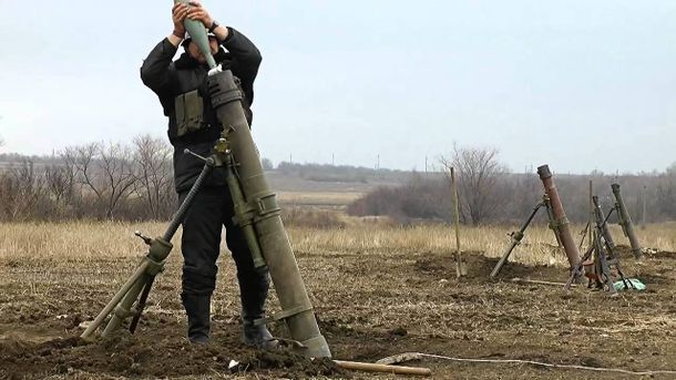 Доба вАТО: Окупанти б'ють зважкої артилерії, троє поранених