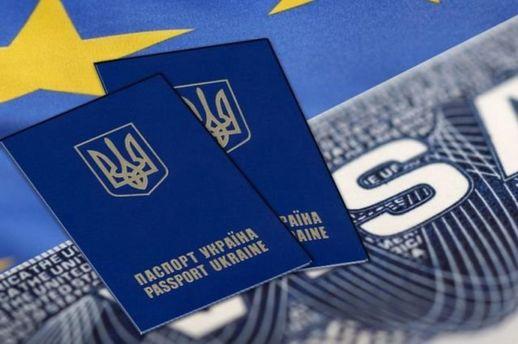 Кожен третій українець хоче емігрувати