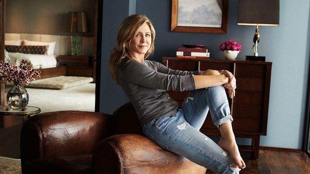 Комфорт игармония: Дженнифер Энистон показала собственный чудный особняк вновом фотосете