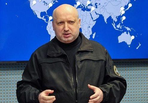 Турчинов нагадав про право України звільнити «ЛДНР» задопомогою зброї