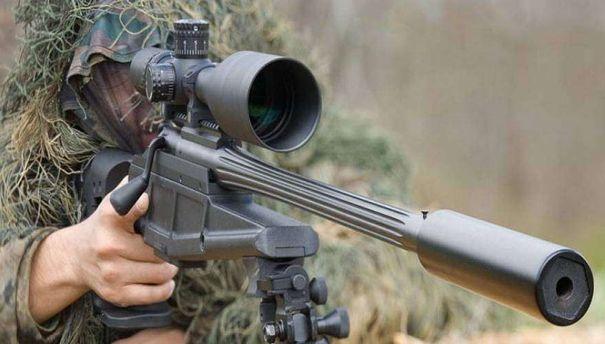 Український снайпер ліквідував терориста: момент пострілу потрапив на відео
