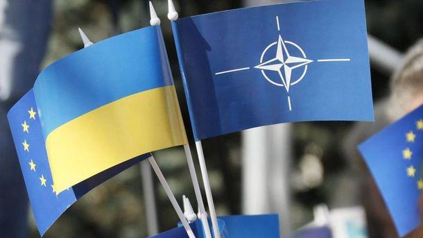 Украине назвали обязательное условие для вступления в Евросоюз и НАТО