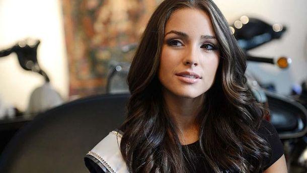 Міс Всесвіт повністю оголилися для зйомки Sports Illustrated: фото та відео (18+)