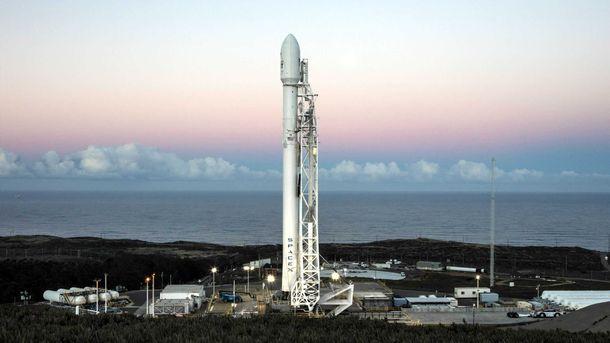 SpaceX знову відклала запуск Falcon 9 зі супутниками для роздачі інтернету