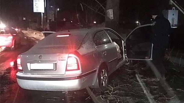 В Киеве произошло жуткое ДТП: водитель скончался на месте