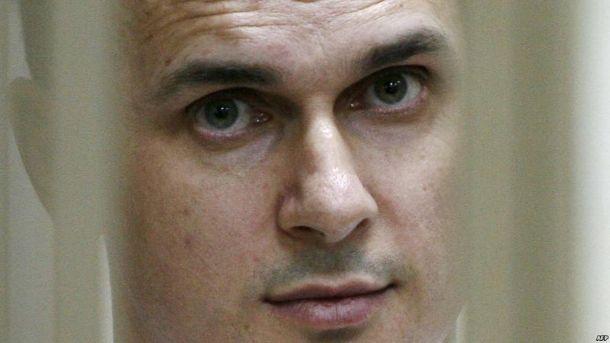 Зоя Светова попросила Макрона помогать восвобождении Сенцова